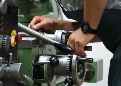 Businessfotografie Metallwerkstatt Büchsenmacherei Webfoto-Oberland