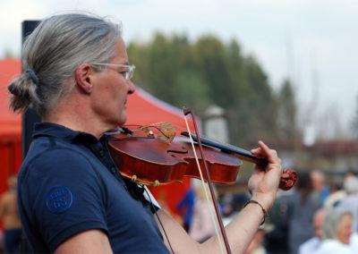 Solo-Musiker Fotoshooting Sommerfest Webfoto-Oberland